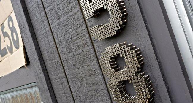 Номера на дверь своими руками